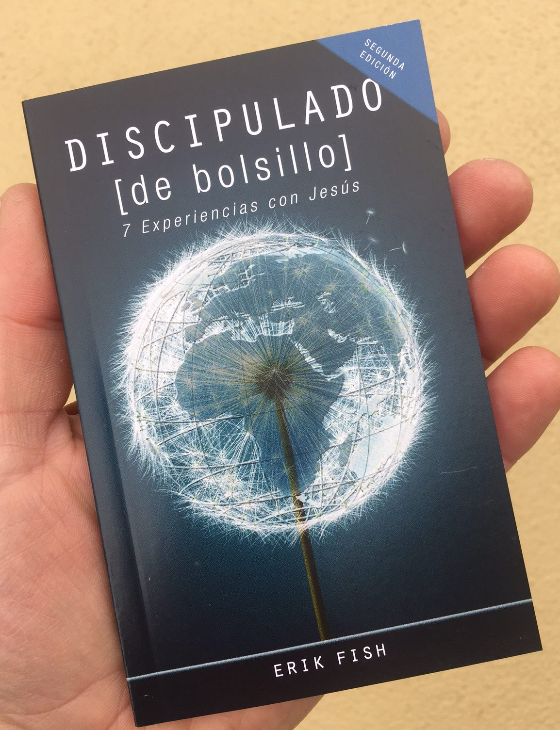 Spanish Discipleship Books!  Discipulado de Bolsillo is here!